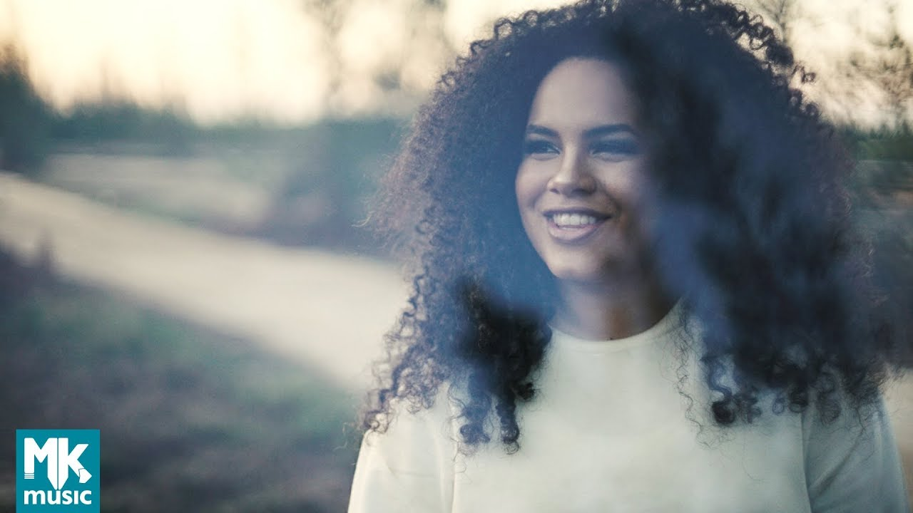 Rebeca Carvalho - Vejo Uma Luz (Clipe Oficial MK Music)