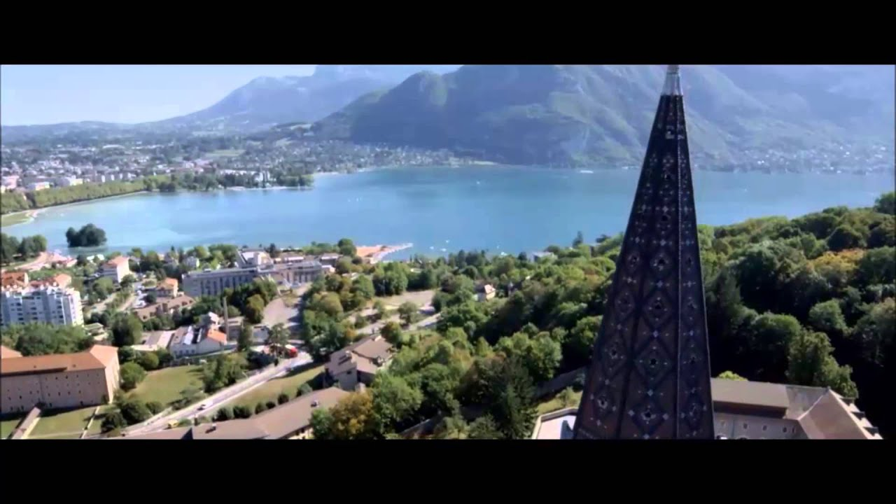 h tel les tr soms lake and spa resort annecy youtube. Black Bedroom Furniture Sets. Home Design Ideas