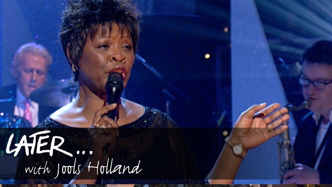 Irma Thomas - Time is On My Side (Jools' Annual Hootenanny 2005)