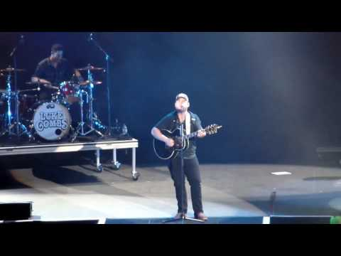 Luke Combs LIVE Can I get an Outlaw? Amsoil Arena Duluth, Minnesota