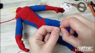 Spiderman gövde siyah işleme ve örümcek yapımı