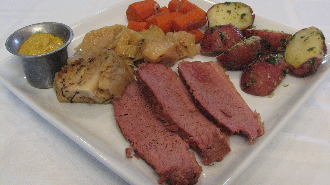 how to make corned beef and cabbage on the stove