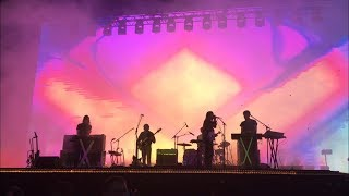 TAME IMPALA @ MAD COOL 2018 // Keep On Lying