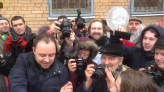 Свадьба Насти Зотовой и Ильдара Дадина в СИЗО-4 (часть 1)