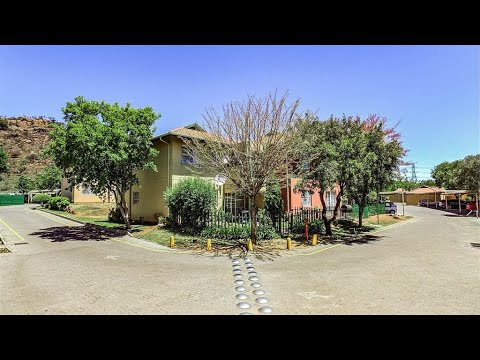 2 Bedroom Townhouse for sale in Gauteng | Johannesburg | Johannesburg South | Linmeyer  |