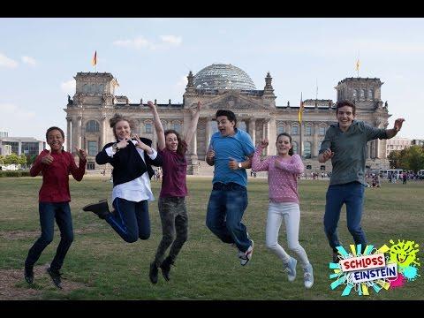 Schloss Einstein dreht mit einem Specialgast in Berlin!