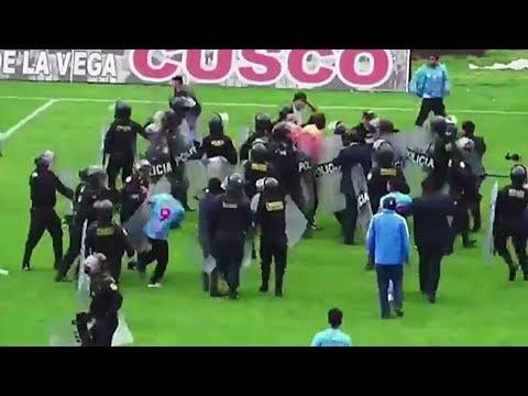 مباراة كرة قدم تتحول ا?لى ساحة قتال في بيرو  - نشر قبل 2 ساعة