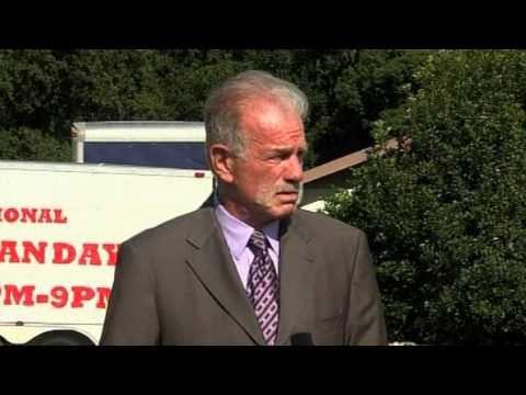 Pastor Terry Jones Will Not Burn Koran