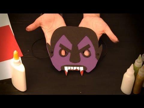 C mo hacer un antifaz de vampiro antifaces de personajes - Cosas de halloween para hacer en casa ...