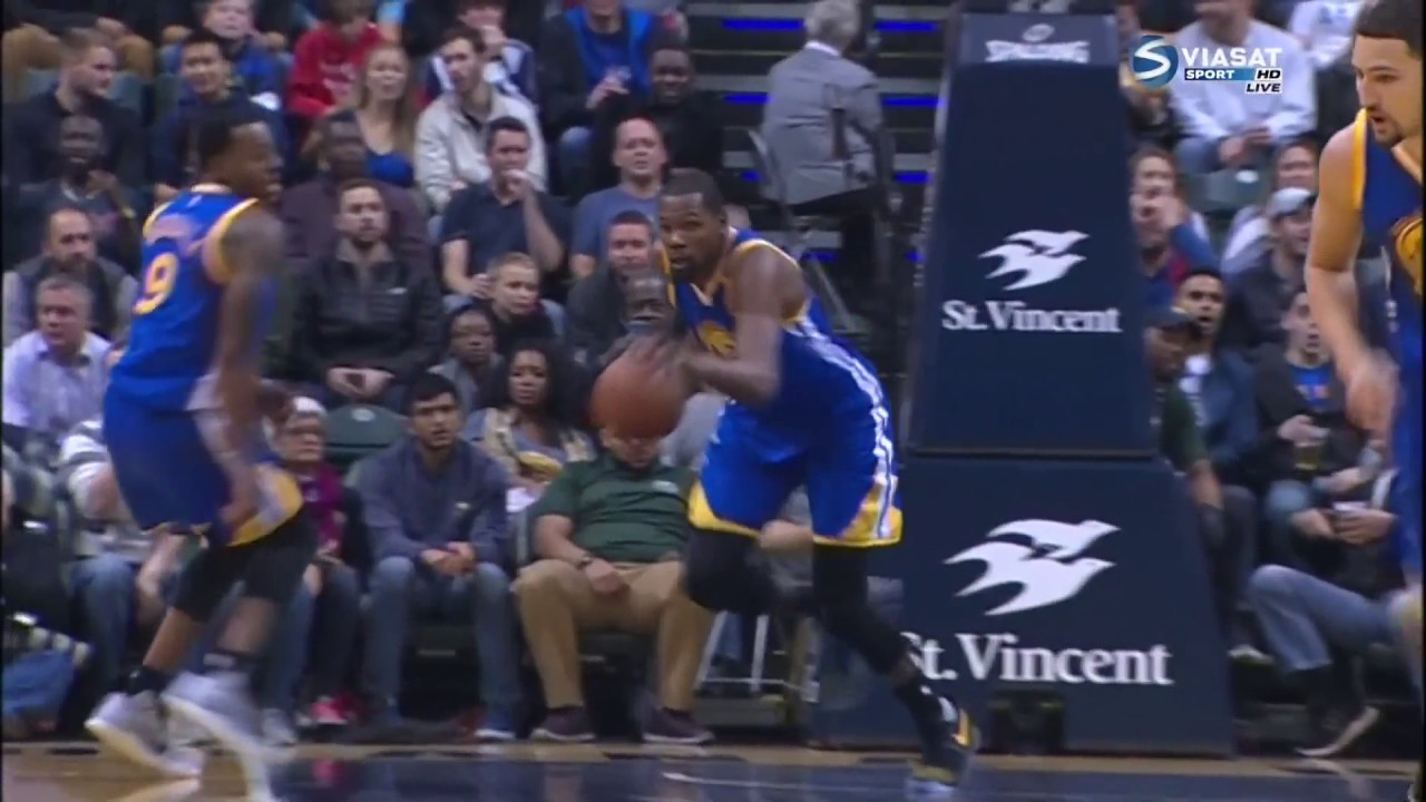 2016/11/21 Warriors v.s Pacers - good pass and cute McGee ...