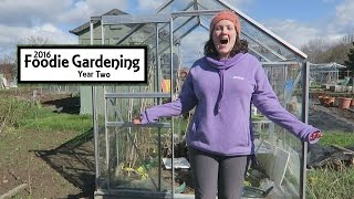 Fitting The Greenhouse Polycarbonate I Foodie Gardening Y1E14