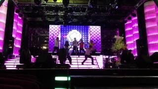 Ung Hoang Phuc - Bước Qua Thế Giới (Stepping Across This World) Club Rehearsal