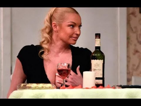 «Человек в течение съемок не просыхал»: всплыли новые факты о пьянстве Анастасии Волочковой во время