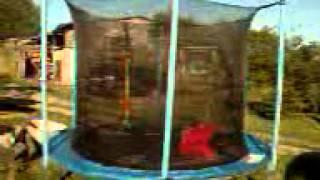 5 śmiesznych sztuczek na trampolinie