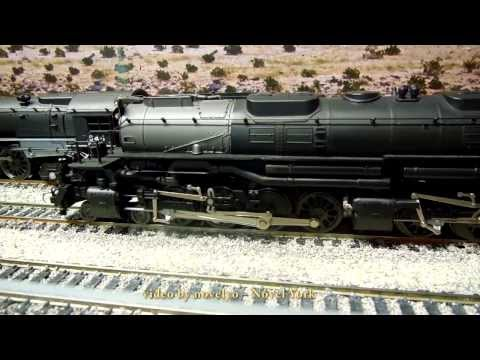 Union Pacific 4006 BigBoy 4-8-8-4 - HO Scale QSI Titan - Motion and Sound with Train