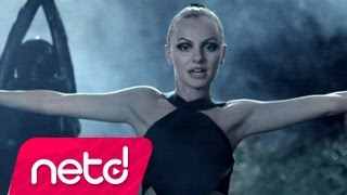 Alexandra Stan- Give Me Your Everything