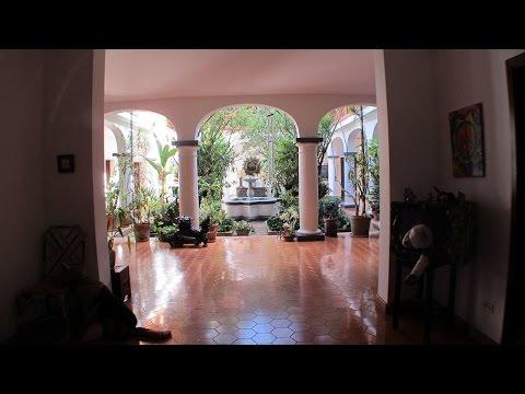Mansion de 2.500 M2. en venta en Prados del Este, Caracas-Venezuela