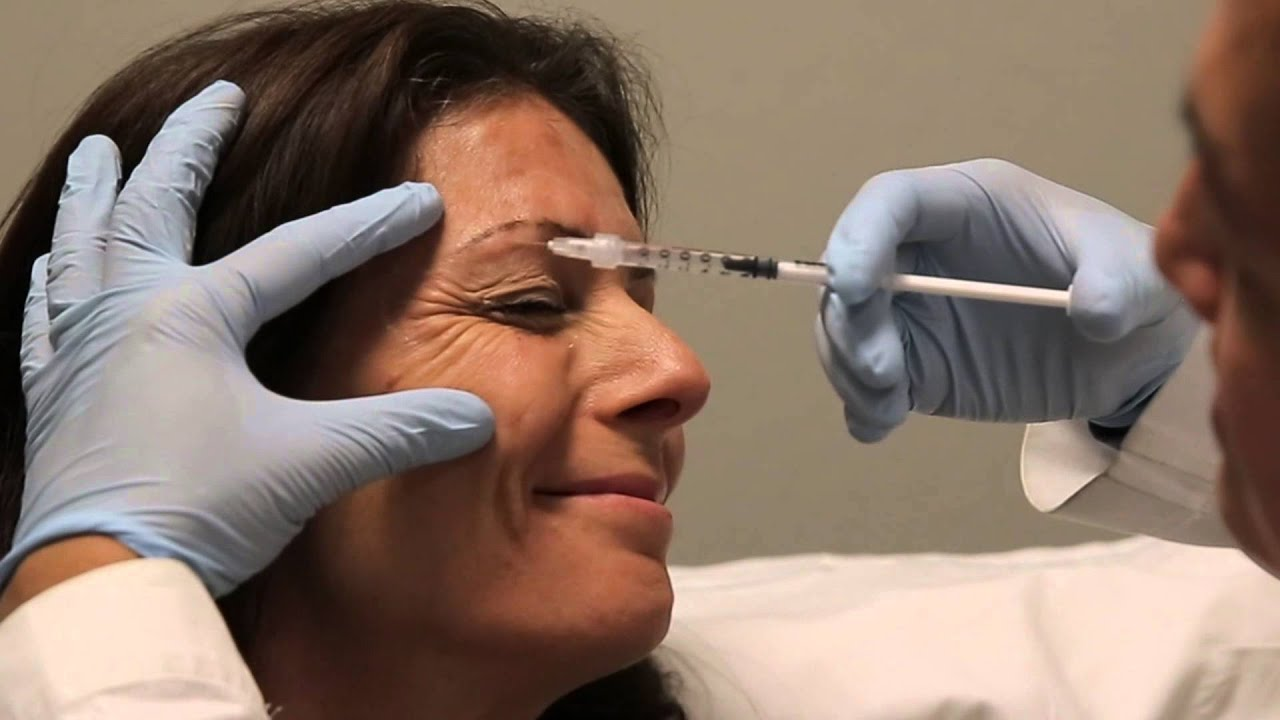 Crows Feet botulinum toxin injection training