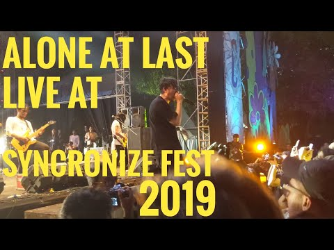 Alone At Last - Amarah, Senyum, Dan Air Mata Live At Syncronize Fest 2019