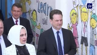 """مدارس """"الأونروا"""" تبدأ العام الجديد رغم استمرار الأزمة المالية - (1-9-2019)"""