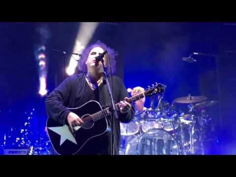 The Cure - Boys Don't Cry (live in Frankfurt 2016)