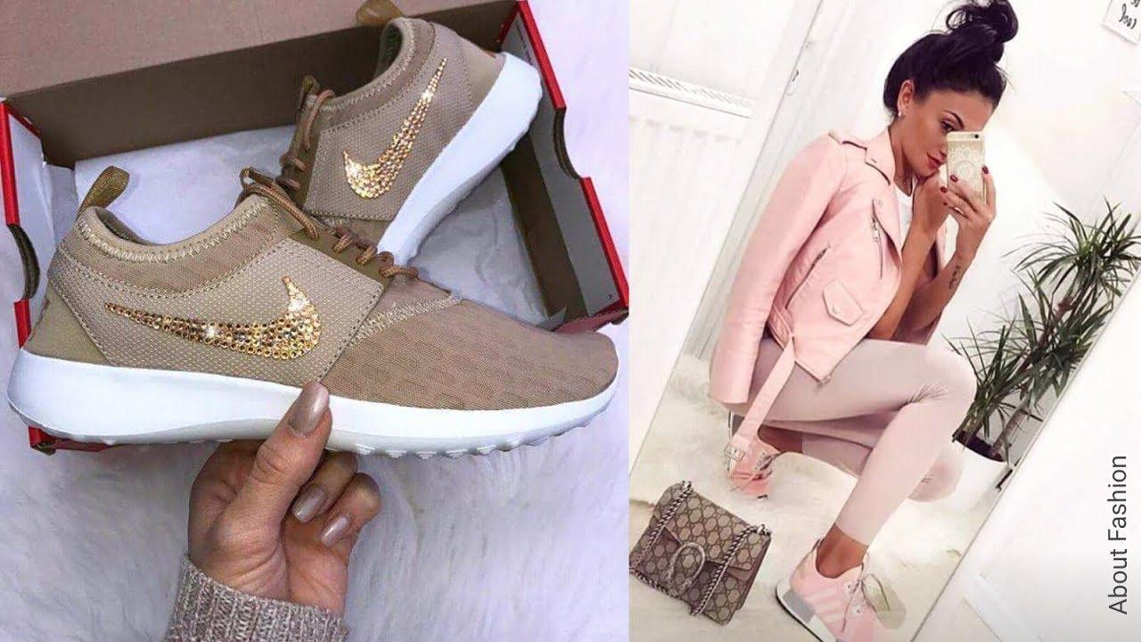 7a62c498bc38 Lo último en Moda de Zapatillas Sneakers de Mujer | Tendencias 2020 +  OUTFITS deportivos con tenis