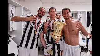 Juventus celebrate winning their fourth straight Coppa Italia!