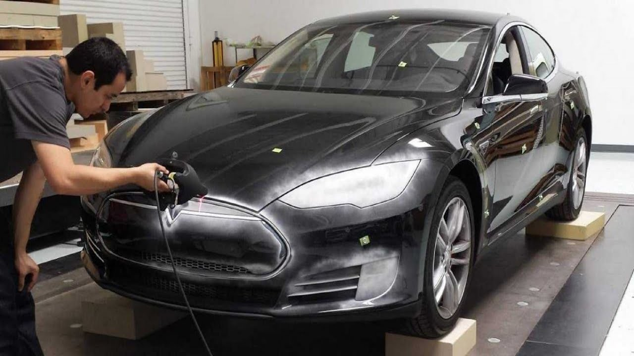 Tesla Model 3 Crosses 276,000 Pre-Orders in 3 days - YouTube