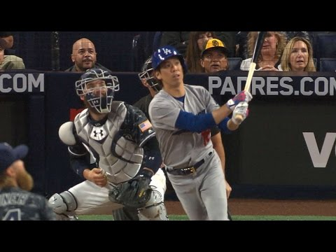 LAD@SD: Maeda homers in MLB debut for Dodgers
