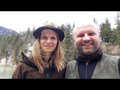 Overnight with Vanessa, Outdoor Bavaria and Wild Woman Bushcraft on YT