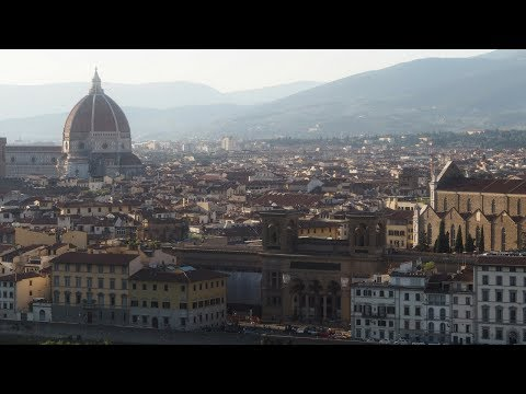 WALKING FROM THE PONTE VECCHIO TO PIAZZALE MICHELANGELO | FLORENCE
