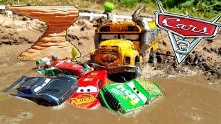 Gambar cover Disney Cars 3 Toys Lightning McQueen Dream Willys Butte Race Cruz Ramirez Jackson Storm