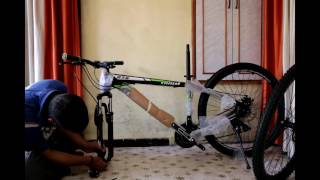 COSMIC TRIUM 27.5 INCH MTB BICYCLE 21 SPEED Assembling - time-lapse