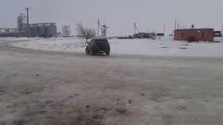 RAV 4 на льду Самара газ за рулем