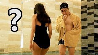 在超豪华酒店游泳池恶整姐姐!姐姐狂喊XX!【VLOG】