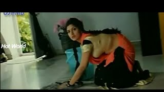 Glamour Actress Rambha hot body show in saree- edited