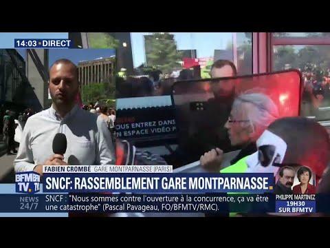 SNCF: Les cheminots se rassemblent à la gare Montparnasse