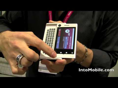 Motorola Devour hands-on demo