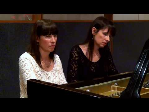 Mozart - Sonata in C, K. 521 andante / Fabiana & Paula Chávez - piano four-hands