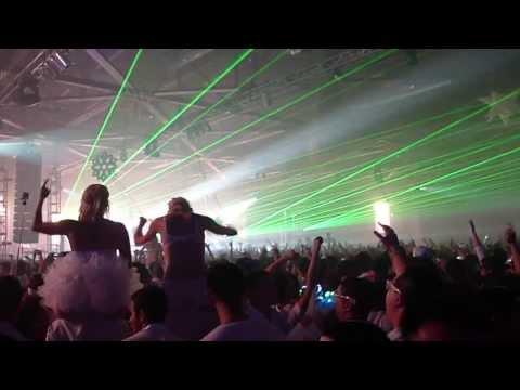 Dash Berlin - 'Intro/ ' @ White Wonderland 2013/ NYE 2014 [12.31.2103]