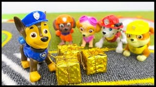 WHERE'S CHASE? - Christmas PAW PATROL Construction Trucks Stories for Children.Toys Videos for kids!