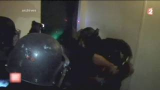 Police smash wrong door - twice