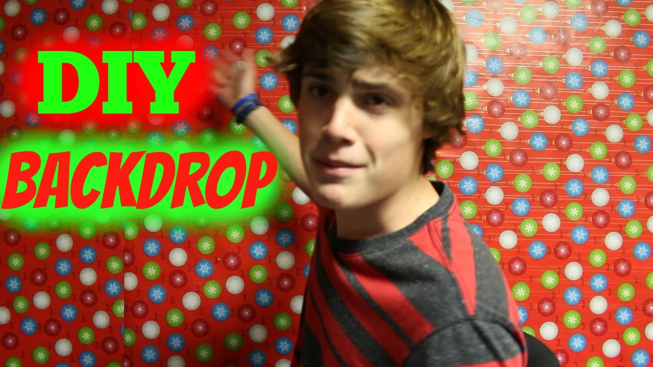 DIY Christmas Backdrop - YouTube