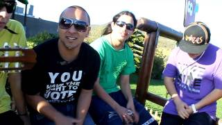Shamanes Crew cantando ''Linda'' al aire libre (UNPLUGGED)