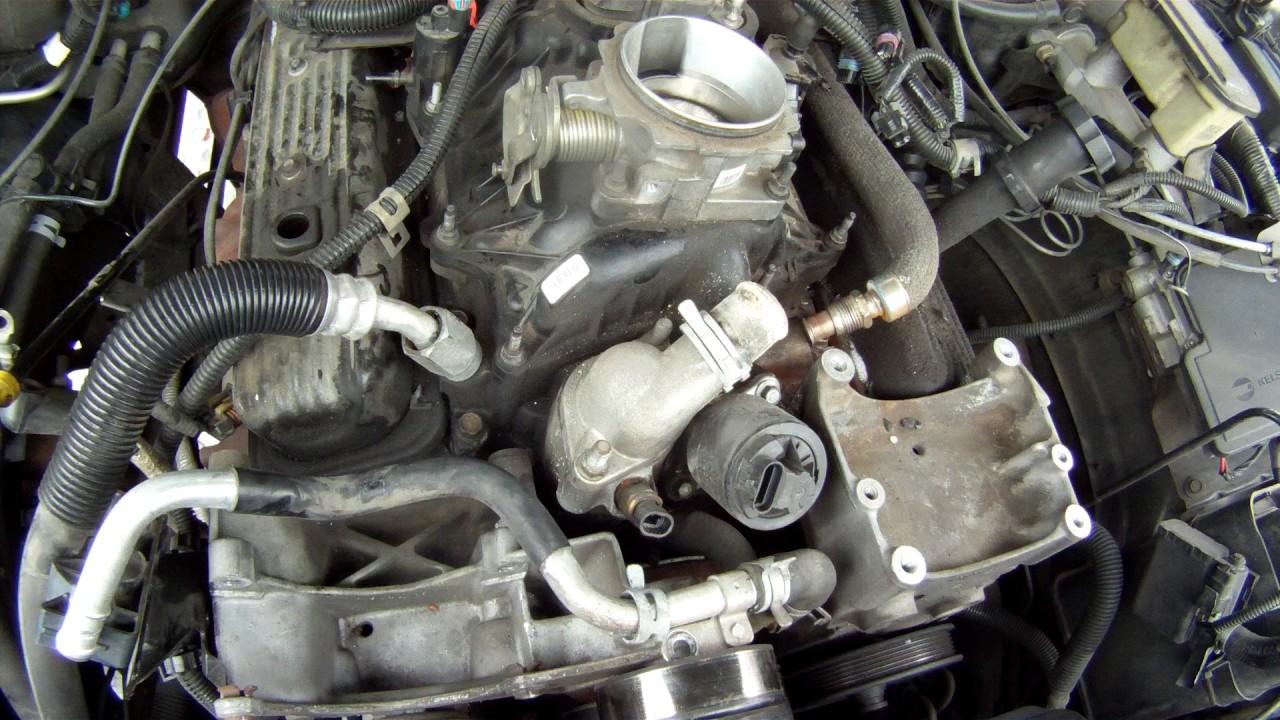 1999 Chevy Tahoe upperlower intake engine break down pt 2