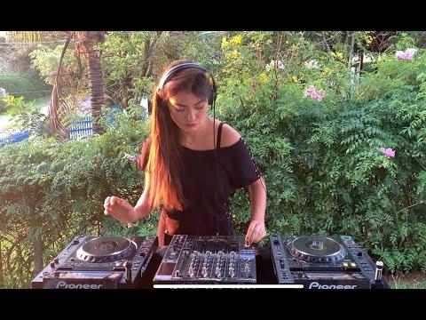 Fernanda Pistelli @ Garden Sessions For 5uinto