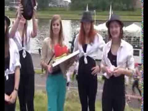 Saltrom - wywiad z dziewczynami z zespołu jazz-owego - Dzień Rodziny Krakowskiej 2013