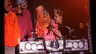 Смотреть видео концерт леди гаги в москве 2012