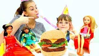 Бургеры Плей До - Вечеринка куклы Эвер Афтер Хай.
