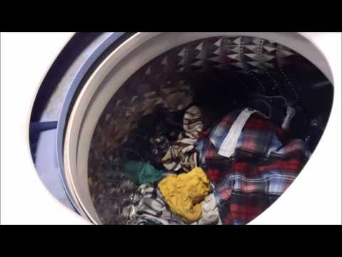 Samsung 5 0 Cu ft washer  2 weeks in one load